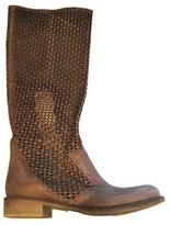 Jarn Boot in Medium -!
