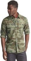 Gap Camo standard fit shirt