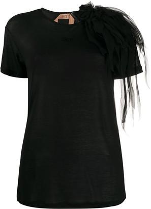 No.21 corsage shoulder detail T-shirt