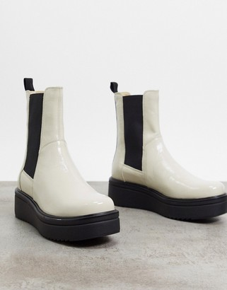 Vagabond Tara leather flatform chelsea boots in white patent