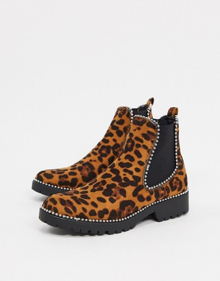 Truffle Collection flat chelsea boots in leopard