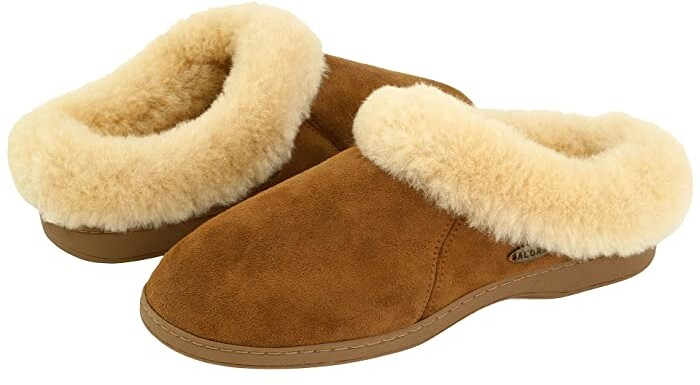 Acorn Ewe Collar (Walnut Sheepskin) Women's Slippers