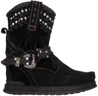 EL VAQUERO Yara Low Heels Ankle Boots In Black Suede