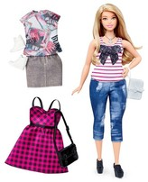 Barbie Fashionistas 37 Everyday Chic Doll & Fashions - Curvy