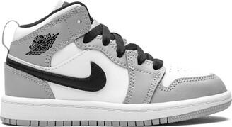 Nike Kids Air Jordan 1 Mid PS sneakers