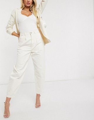 NA-KD front dart slouchy jeans in white