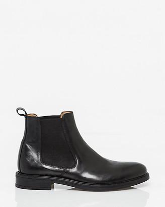 Le Château Italian-Made Leather Chelsea Boot