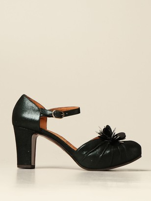 Chie Mihara Ina Sandal In Laminated Suede With Flower