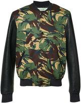 Off-White camouflage bomber jacket - men - Cotton/Lamb Skin/Viscose - M