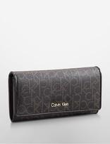 Calvin Klein Jordan Flap Envelope Contintental Wallet