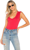Velvet by Graham & Spencer Estina Scoop Neck Tank in Red. - size L (also in M,S)