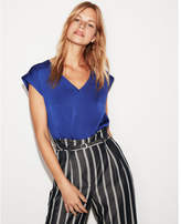 Express v-neck rolled sleeve easy tee