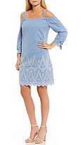Jessica Howard Off-the-Shoulder Embroidered Chambray Dress
