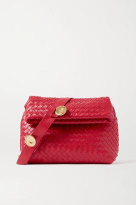 Bottega Veneta The Fold Intrecciato Leather Shoulder Bag - Red