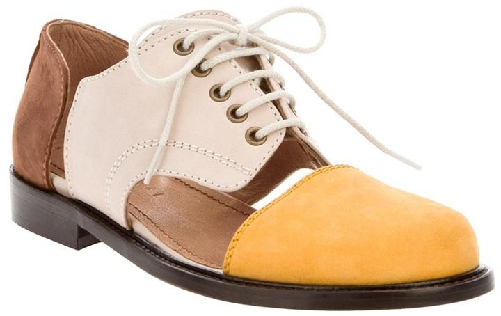 Mini Market Minimarket cut-cut shoe
