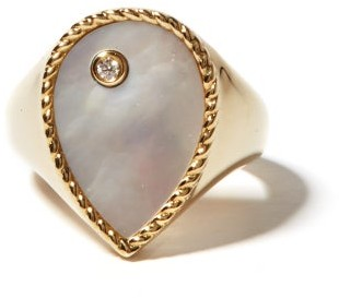 Yvonne Léon Diamond, Mother-of-pearl & 9kt Gold Signet Ring - Yellow Gold