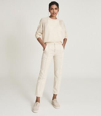 Reiss Zadie - Slim Cut Jeans With Exposed Zip Detail in Ecru