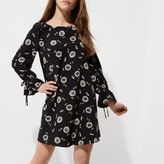 River Island Womens Petite black floral long sleeve smock dress
