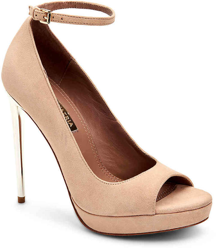 ac8aebcc37 Light Pink Round Toe Pump - ShopStyle