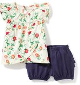 Old Navy 2-Piece Flutter-Sleeve Top and Bloomer Set for Baby