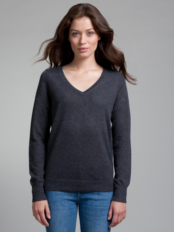 White + Warren Fine Cashmere V Neck