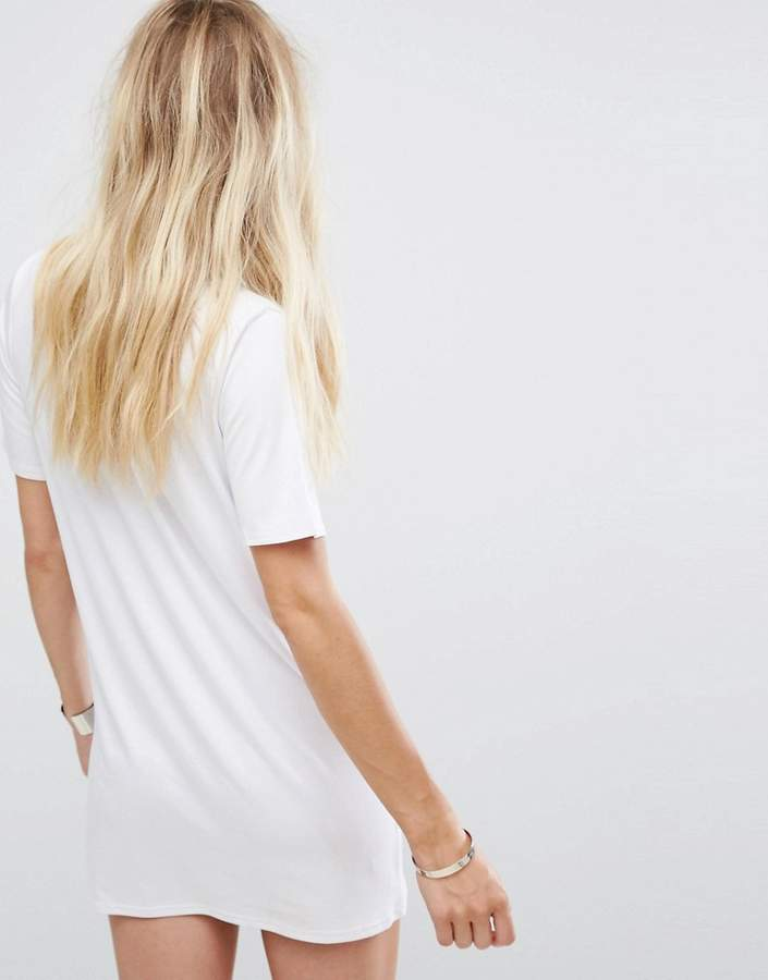 Glamorous Relaxed T-Shirt Dress With Choker Neck Detail