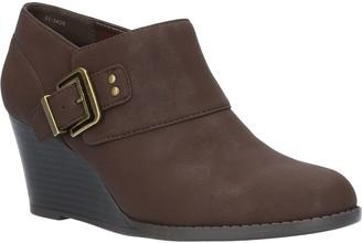 Easy Street Shoes Comfort Wedges - Mendi