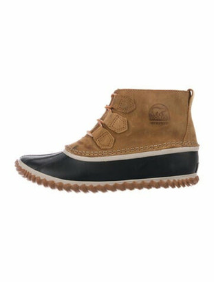 Sorel Suede Whipstitch Trim Lace-Up Boots Brown