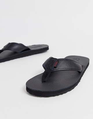Polo Ralph Lauren sullivan tumbled leather flip flop with contrast logo in black