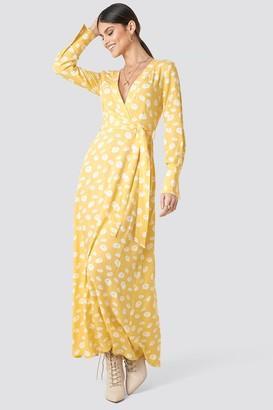 Karl Lagerfeld Paris Milena X NA-KD Deep V-neck Maxi Dress Yellow