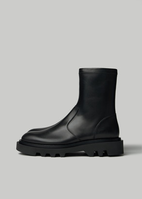 Givenchy Men's Zip Combat Boot in Black Size 40 Leather