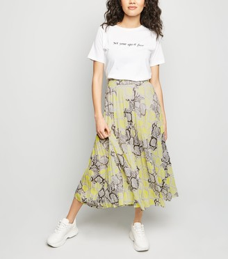 New Look Petite Snake Print Pleated Midi Skirt