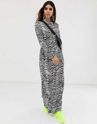 Asos Design DESIGN button through maxi shirt dress in mono zebra print-Multi
