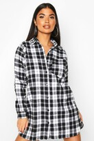 boohoo Petite Pocket Detail Check Shirt Dress