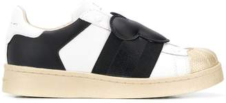 Moa Master Of Arts Mickey Mouse low-top sneakers