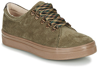 GBB OMAZETTE girls's Shoes (Trainers) in Green