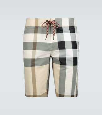 Burberry Large check swim shorts
