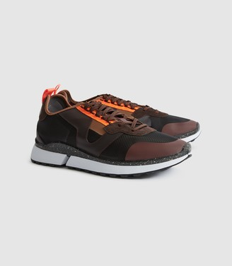 Reiss Ethan - Mesh Low Top Trainers in Black/dark Brown