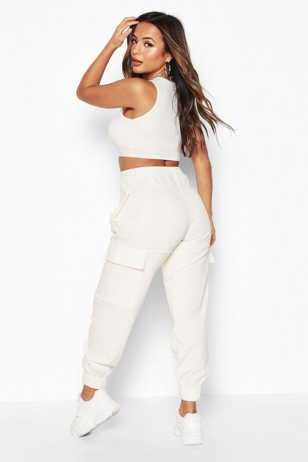 Thumbnail for your product : boohoo Petite Cargo Pocket Joggers