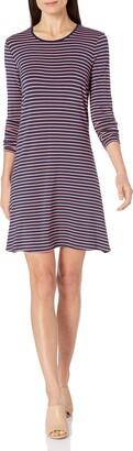Amazon Essentials Women's Standard Long-Sleeve Crewneck Swing Dress