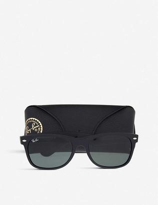 Ray-Ban RB3132 New Wayfarer sunglasses