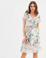 Review Plantation Floral Dress