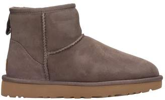 UGG Mini Classic Ii High Heels Ankle Boots In Brown Suede