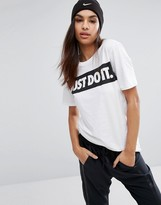 Nike Oversized T-Shirt In White With Just Do It Logo