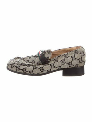 Gucci GG Supreme Loafers Grey