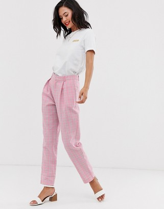 Daisy Street high waist tapered trousers in check-Pink