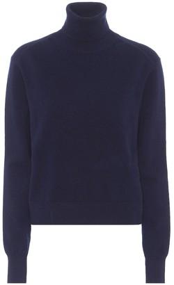 Chloã© Cashmere-blend turtleneck sweater