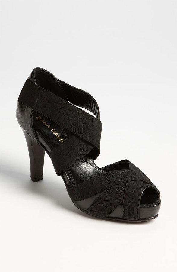 Dana Davis 'Lola' Sandal Black 5.5 M