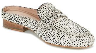 Maruti BELIZ women's Mules / Casual Shoes in White