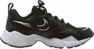 Nike Women's WMNS Air Heights Trail Running Shoes